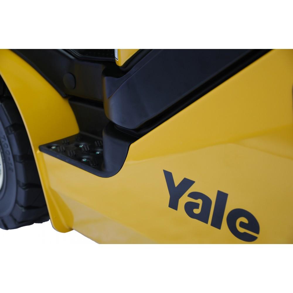 Вилочный погрузчик Yale GDP25UX